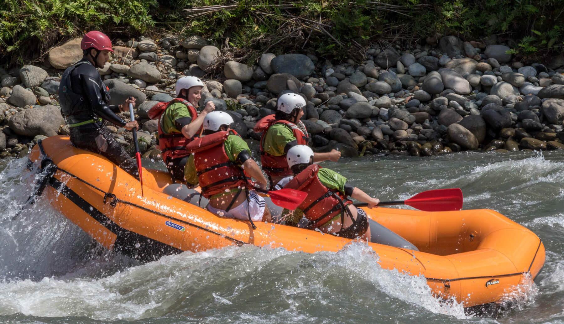 Rafting in Jatunyacu river